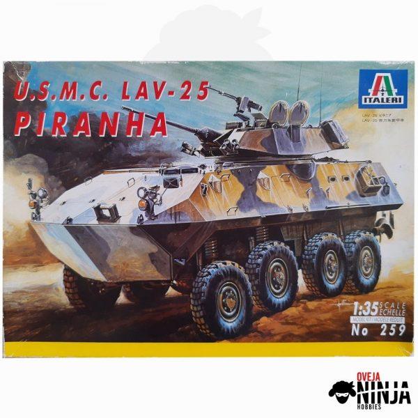 U.S.M.C. Lav-25 Piranha - Italeri